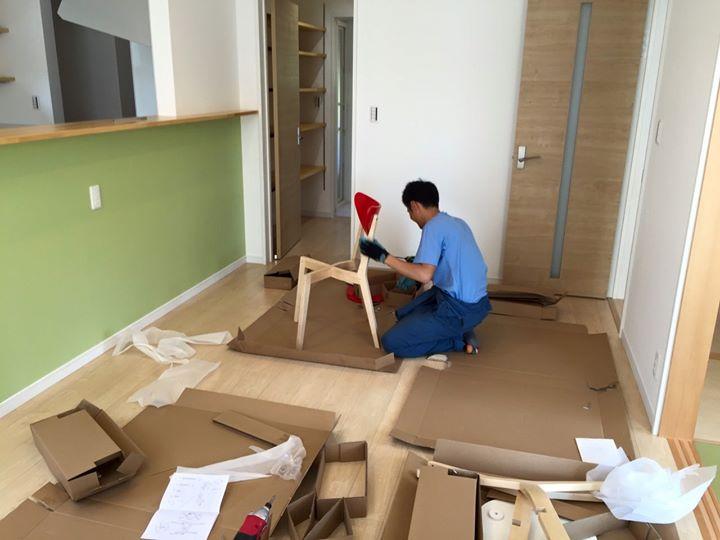 先日、今週末からオープンハウス予定のS様邸へ家具の組立に行ってきました。